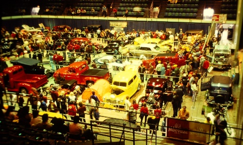 Overall view of the show floor - Toppers' show circa 1983