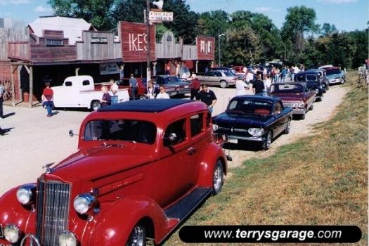 "1998 ""Chicken Chase"", Ike's Chicken Shack, Browns Valley MN"